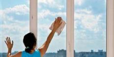 ухаживать за пластиковыми окнами
